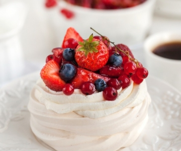Pavlova meringue aux fruits